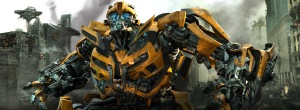 Paramount Pictures Bumblebee prepares for battle