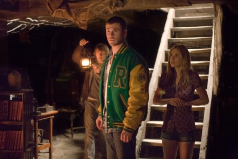 Fran Kranz, Chris Hemsworth in The Cabin in the Woods