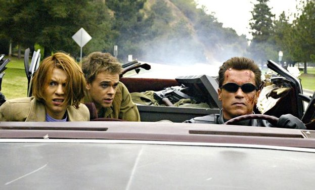 Claire Danes, Nicholas Stahl, Arnold Schwarzenegger in Terminator 3 Rise of the Machines car chase