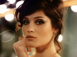 Gemma Arterton is hot