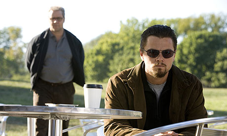 Russell Crowe and Leonardo DiCaprio in Body of Lies