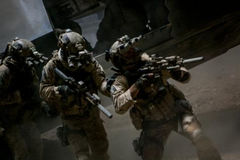 zero-dark-thirty - soldiers prepare for raid
