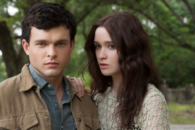 John Bramley/Warner Bros. PicturesEthan Wate (Alden Ehrenreich) and Lena Duchannes (Alice Englert).