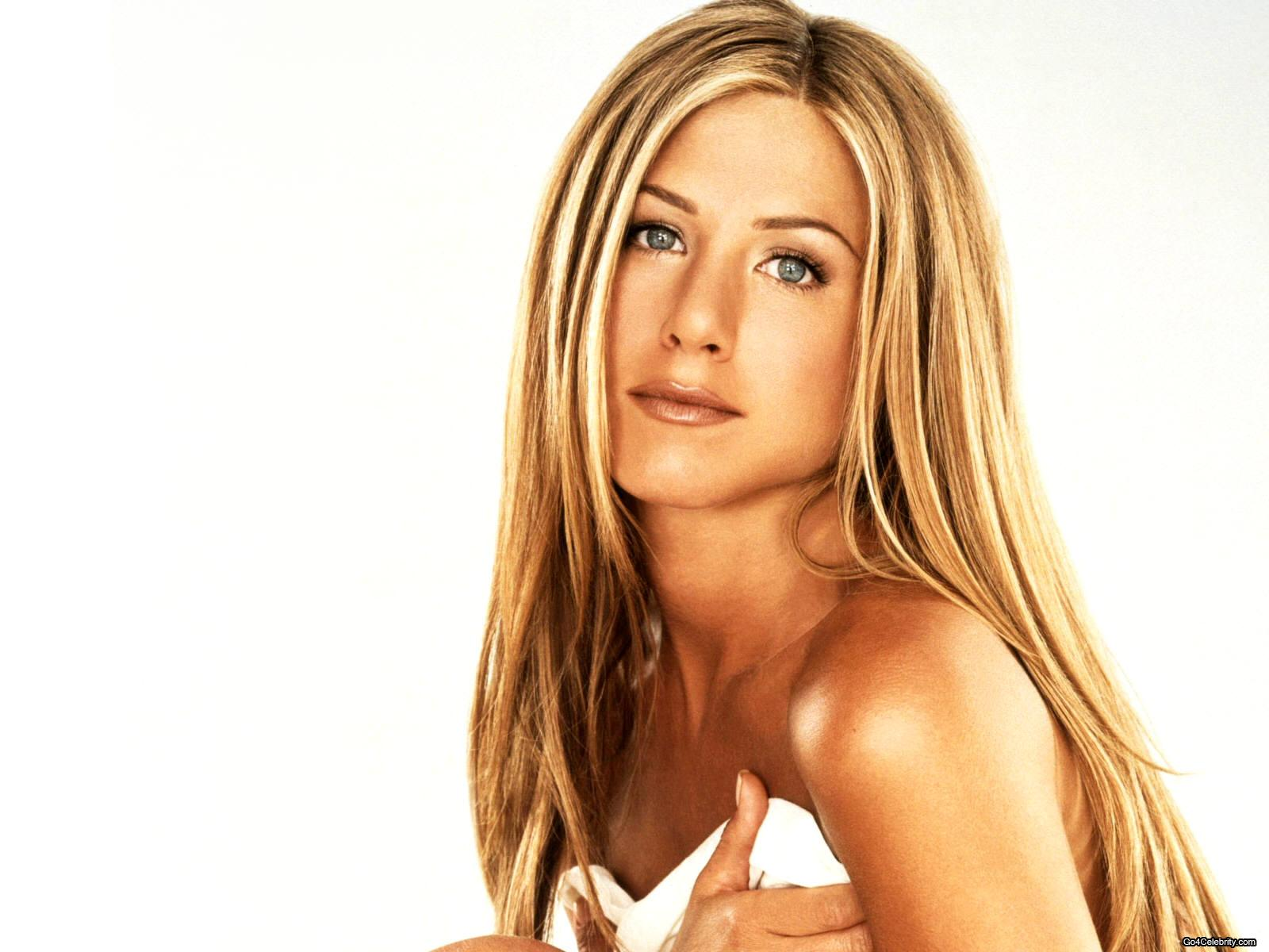Birthday wishes – Feb. 11, 2013 – Jennifer Aniston, Taylor Lautner ...