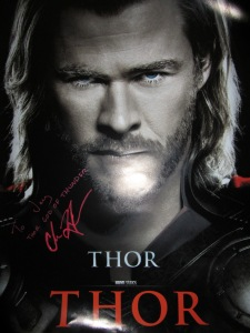 Chris Hemsworth's autograph to CM Showstopper