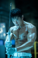 Jamie Trueblood/Paramount PicturesStorm Shadow (Byung-Hun Lee) escapes.