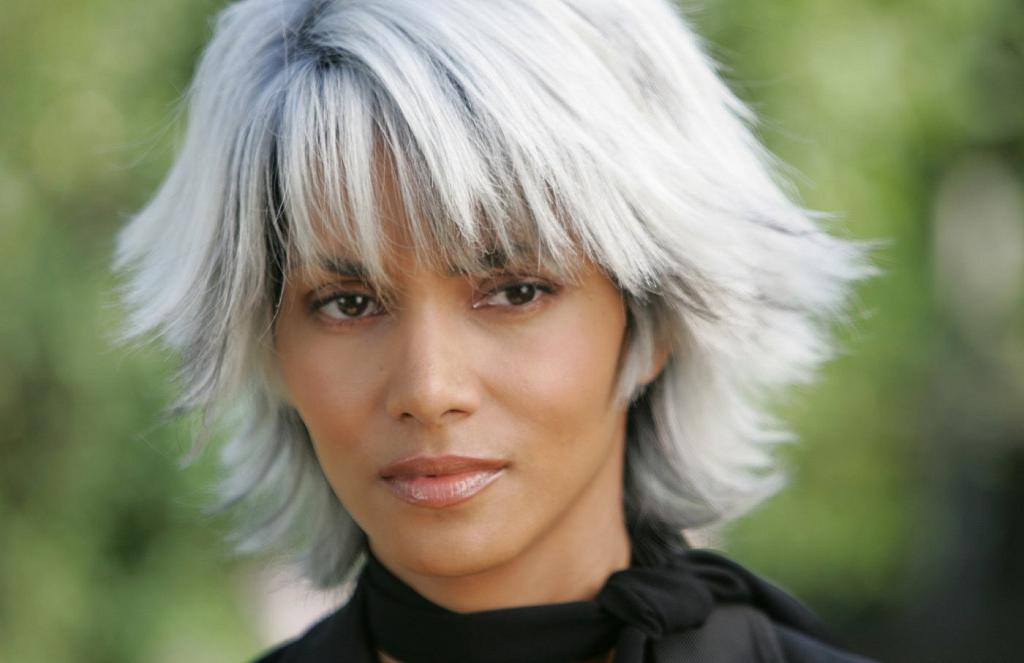 Sensational Halle Berry Back As Storm In X Men Days Of Future Past Now Short Hairstyles For Black Women Fulllsitofus
