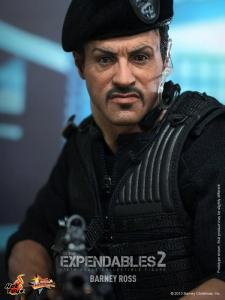 Hot Toys The Expendables 2 Barney Ross figure aiming