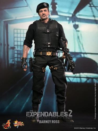 Hot Toys The Expendables 2 Barney Ross figure full