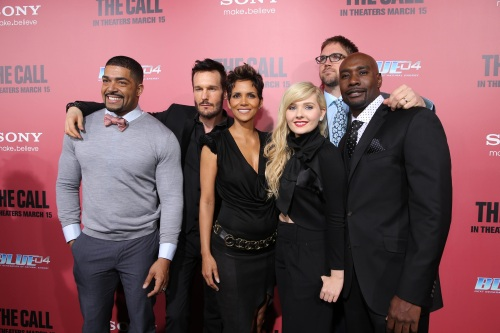 """Eric Charbonneau/Columbia TriStar Marketing GroupDavid Otunga, Michael Eklund, Halle Berry, Abigail Breslin, Director Brad Anderson and Morris Chestnut at the World Premiere of TriStar Pictures' """"THE CALL"""" at Arclight."""