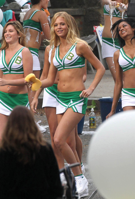 Grown Ups 2 cheerleaders car wash