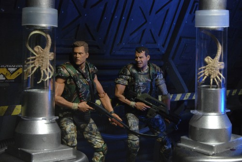 NECA Aliens Hicks and Hudson and baby Aliens