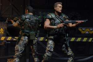 NECA Aliens  Hudson and Hicks back to back-12