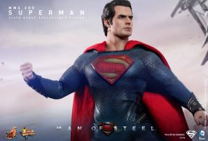 Hot Toys Man of Steel Superman punch