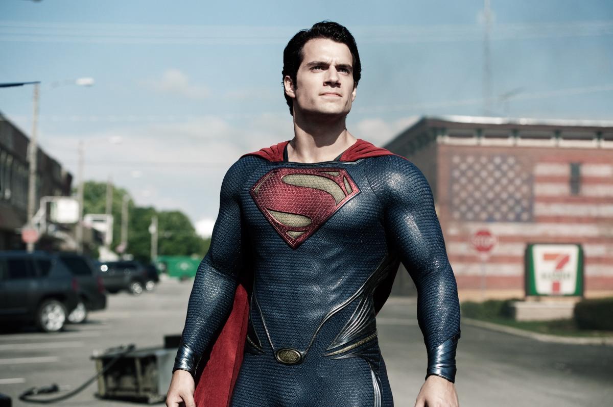 http://jeffreyklyles.files.wordpress.com/2013/06/man-of-steel-superman-prepares-to-fight.jpg?w=1200