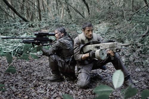 Predators_movie Alice Braga and Adrien Brody