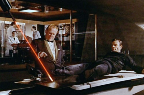 Goldfinger - Goldfinger with a laser on Bond