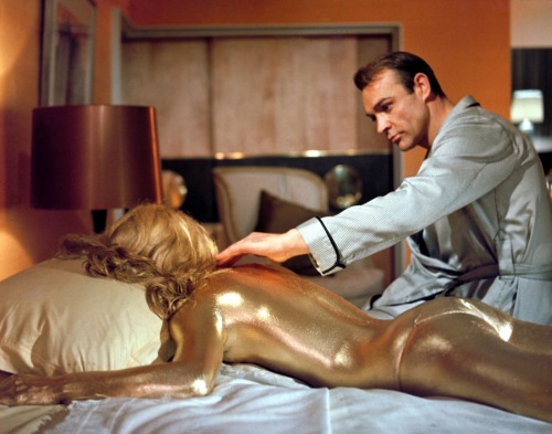 Goldfinger_Golden-girl James Bond - Sean Connery and Shirley Eaton