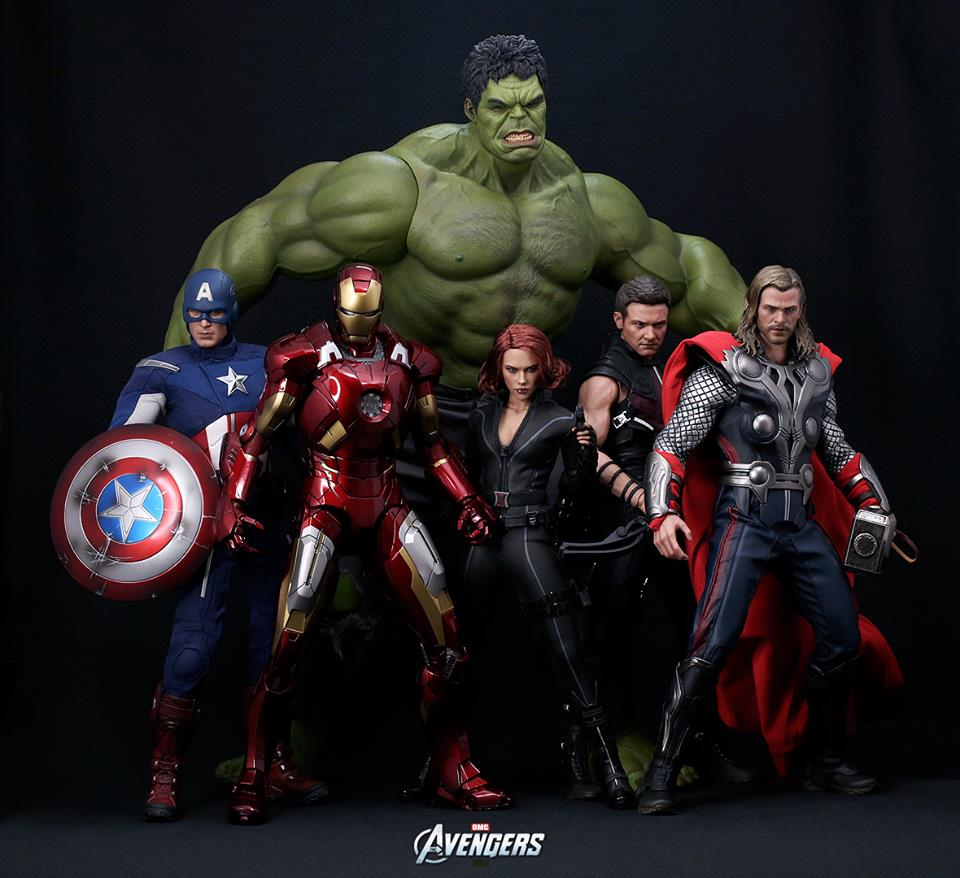 """The Avengers: Hot Toys Shows Off """"Marvel's The"""