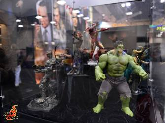 SDCC 13 Hot Toys Marvel's The Avengers display