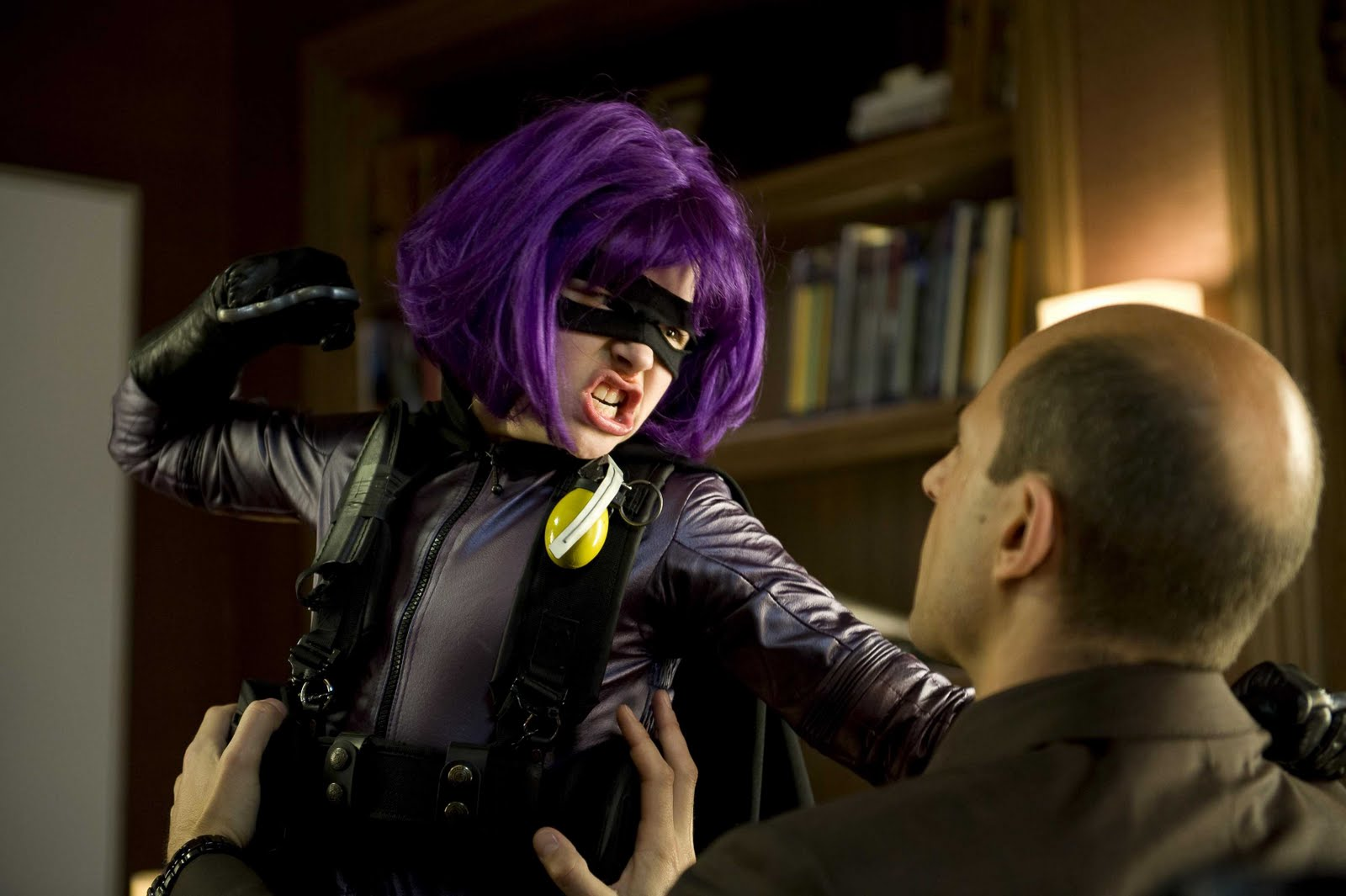 kick-ass-chloe-grace-moretz-as-hit-girl.