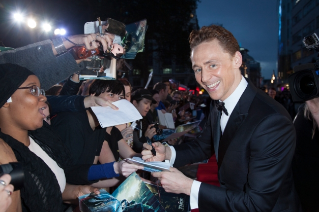 www.ddphotography.com Tom Hiddleston greets fans.
