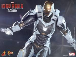 Hot Toys Iron Man 3 Starboost figure - flying tight