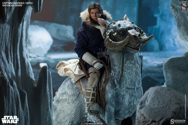Sideshow Toys Captain Han Solo Hoth on TaunTaun