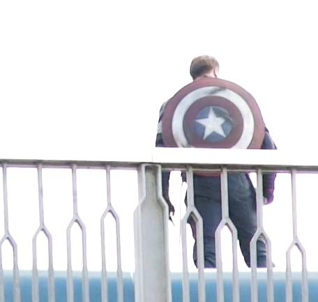 Captain America outfit from Avengers Age of Ultron3