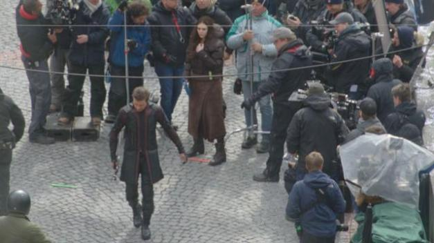 Hawkeye and new costume in Avengers Age of Ultron