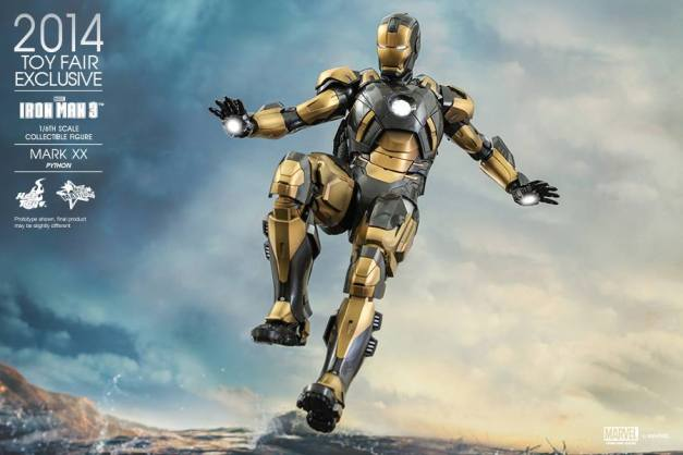 Hot Toys Iron Man Mark XX Python Armor -flying2