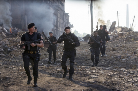 "Phil Bray/Lionsgate Publicity (From left to right) Barney Ross (Sylvester Stallone), Toll Road (Randy Couture), Galgo (Antonio Banderas), Lee Christmas (Jason Statham), Doc (Wesley Snipes), and Gunner Jensen (Dolph Lundgren) in ""THE EXPENDABLES 3."""