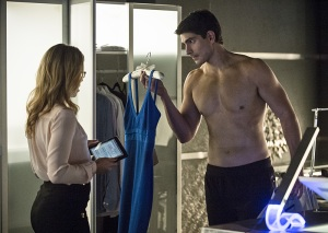 Arrow - Draw Back Your Bow - Brandon Routh Ray Palmer Emily Bett Rickards Felicity2