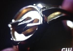 flash-ring-the flash