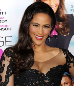 Paula-Patton-at-Baggage-Claim-Premiere