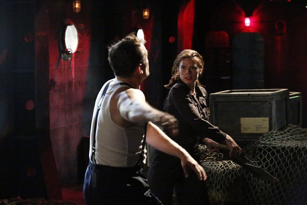 Agent Carter - Time and Tide -  Agent Carter fighting2