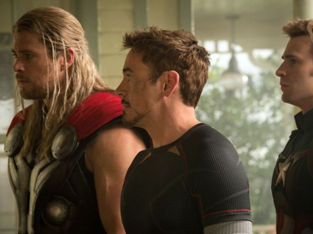 Avengers-Age-Of-Ultron - Thor, Tony Stark and Captain Americajpg