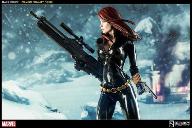 Black Widow - Marvel Premium Format Figure - wide shot with both guns