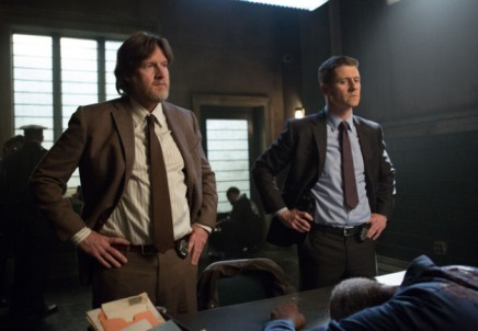 Gotham - Welcome Back Jim Gordon - Bullock and Gordon