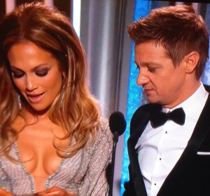 Jennifer Lopez cleavage Jeremy Renner 2015 Golden Globes