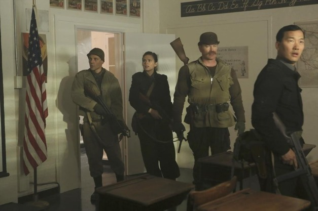 Agent Carter - The Iron Ceiling - Peggy and the Howling Commandos