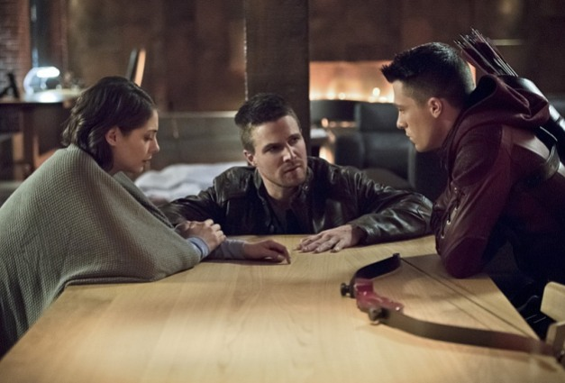Arrow - Canaries - Thea, Oliver and Roy