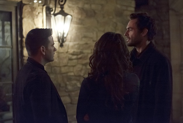Arrow - The Return - Tommy, Laurel and Quentin