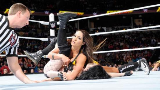 FastLane - Nikki Bella beats Paige