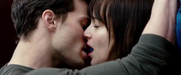 fifty-shades-grey movie kiss