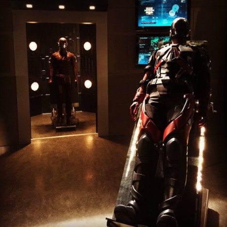 Flash and Atom suit