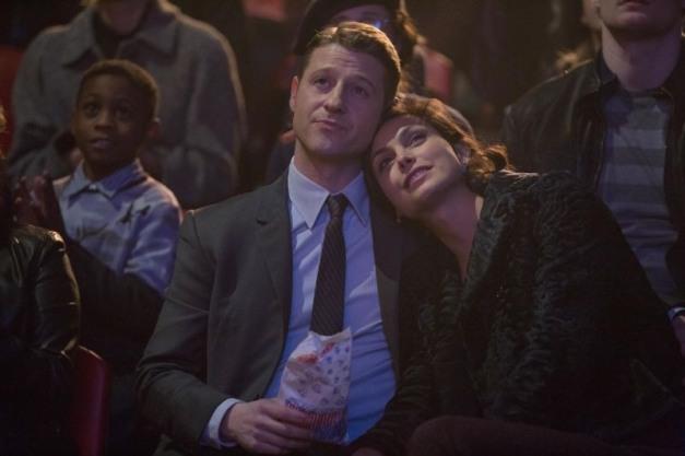Gotham - The Blind Fortune Teller - Gordon and Leslie