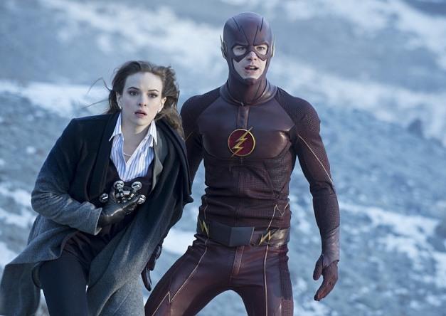 The Flash - The Nuclear Man - Caitlin and Flash2