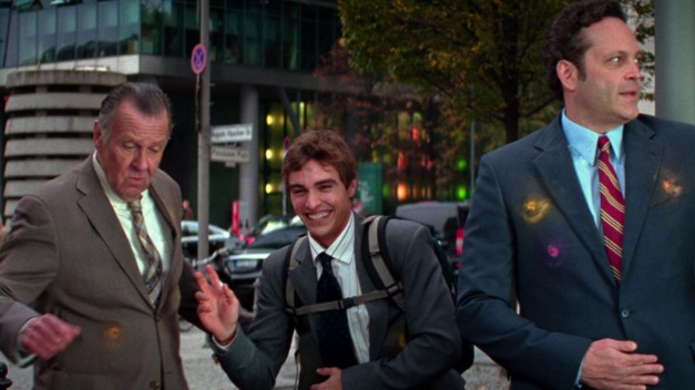 Unfinished Business - Tom Wilkinson, Dave Franco and Vince Vaughn paintball