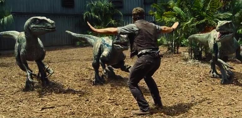 Chris Pratt Jurassic World raptor scene